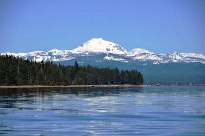 Lake Almanor West